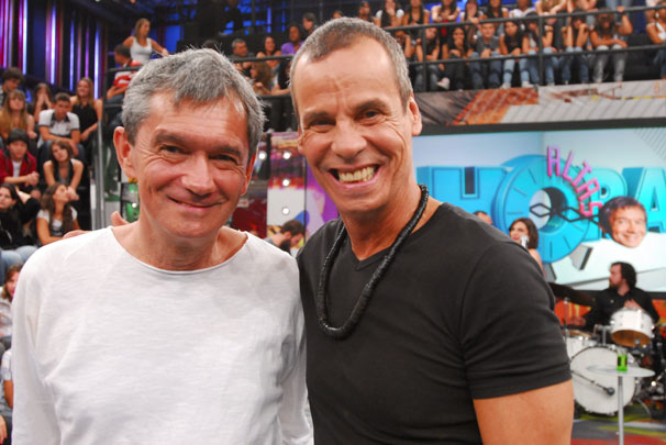 Serginho Groisman e Carlinhos de Jesus Crédito: TV Globo