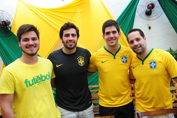 Felipe Leal, Iran Peixoto, Fernando Bayma e Estevam Campos Crédito: Armando Artoni/Divulgação