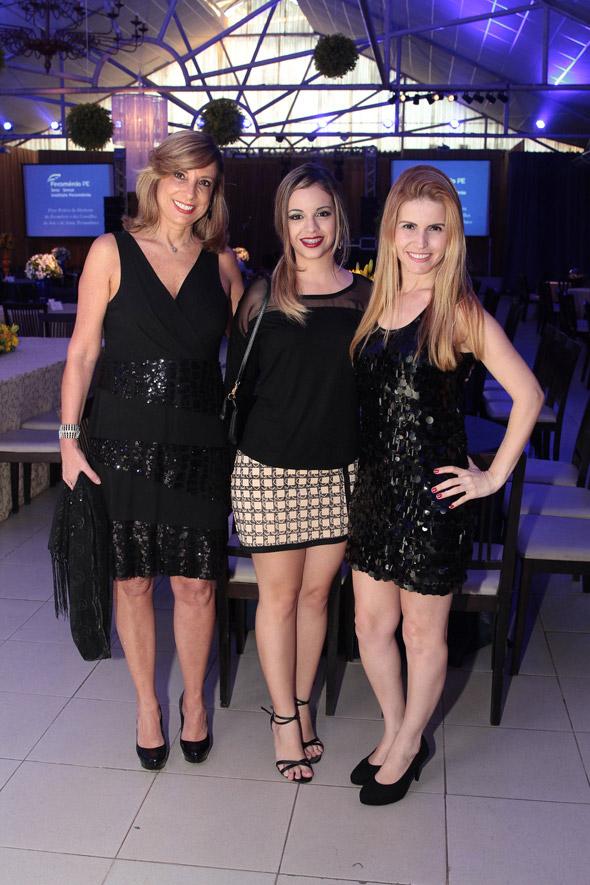 Mariangela Goncalves, Tereza Melo e Charlene Crespo Crédito: Nando Chiappetta/DP/D.A Press