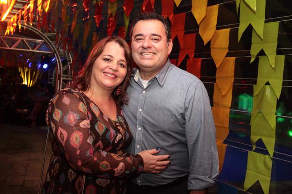Ana Lúcia e Danilo Cabral - Crédito: Nando Chiappetta/DP/D.A Press