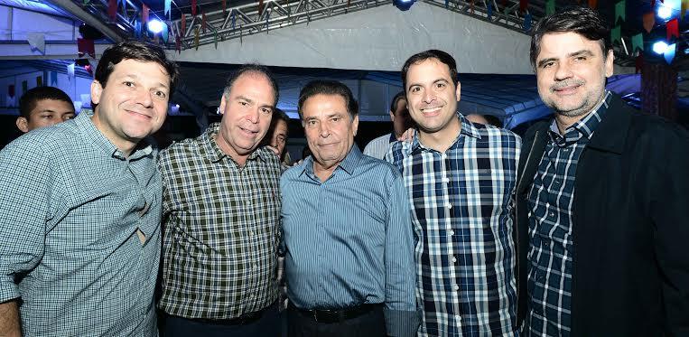 Geraldo Julio, Fernando Bezerra Coelho, João Lyra e Paulo C6amara - Crédito: Paulo Sérgio Sales/Divulgação