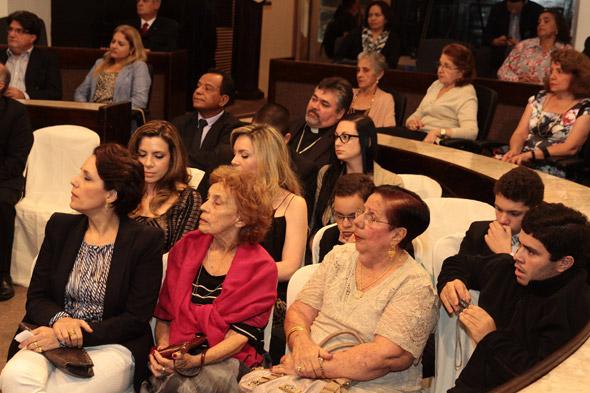 Familiares de Alexandre Ximenes - Crédito: Nando Chiappetta/DP/D.A Press