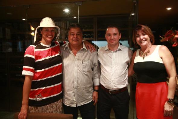 Na foto Usha Pitts, Alexandre Mirinda e Adriana Varejao - Crédito: Bernardo Dantas/ DP/D.A Press