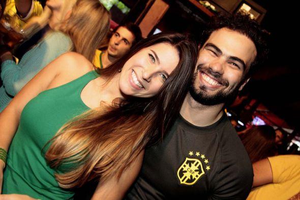 Carol Maciel e Teto Marinho. Crédito: Gleyson Ramos / Divulgação