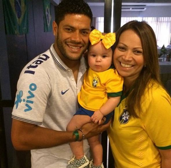 Huck e Solange Almeida com a filha/Instagram/Reprodução