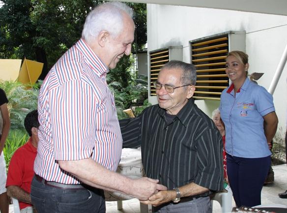 Jarbas Vasconcelos e Manuel Eudócio - Crédito: Josenildo Tenorio Albuquerque/Divulgação