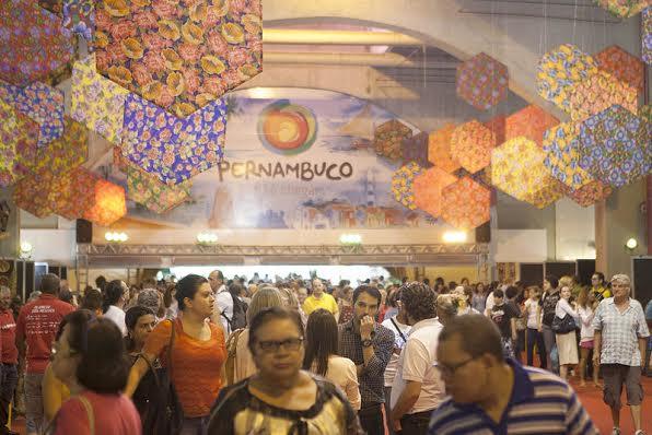 Fenearte lotou o pavilhão de feiras do Cecon - Foto: Daniela Nader/Divulgação