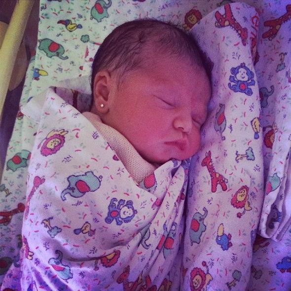 Nasceu Ysis, filha de Wesley Safadão e Thyane Dantas.  Crédito: Instagram/Reprodução