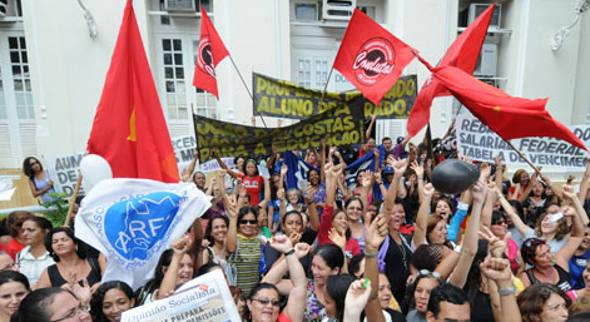 Professores do Recife em greve/DP