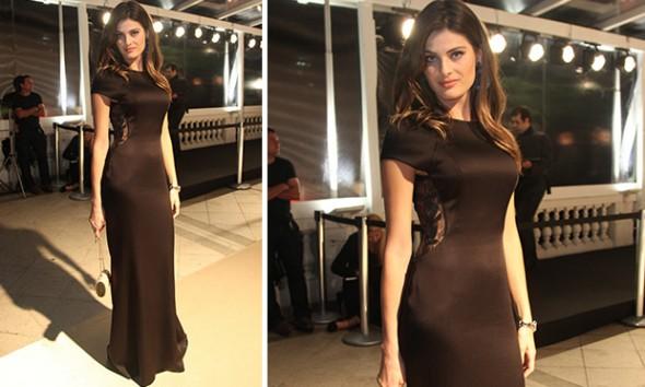 Isabeli Fontana de vestido Tufi Duek, bolsa Corello e joias Carla Amorim. Foto: Claudio Andrade/Divulgação