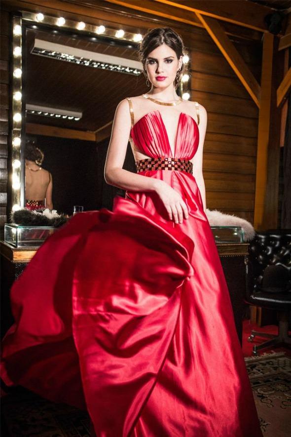 Vestido assinado pelo estilista paulista Arthur Caliman - Crédito: Divulgação/arthurcaliman.com.br
