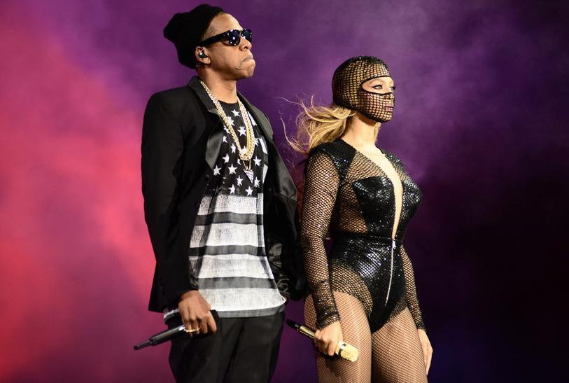 "Beyoncé e Jay-Z na turnê ""On The Run"". Crédito: Mason Poole/Divulgação"