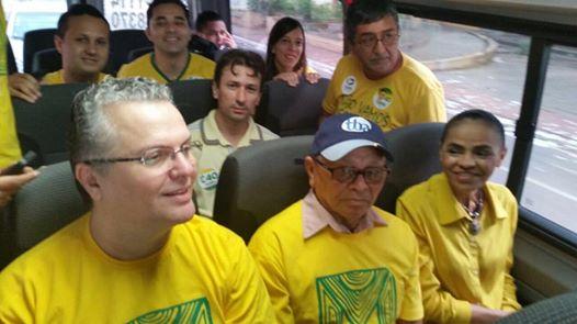 Marina Silva seguindo para votação em Rio Branco. Crédito: Fanpage Marina Silva / Divulgação