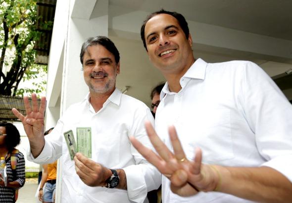 Raul Henry e Paulo Câmara. Crédito: Rodrigo Lôbo / Divulgação