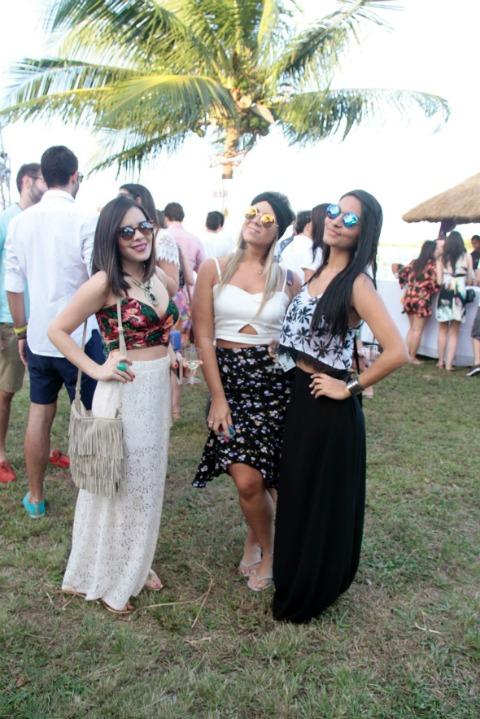 Alyssa Barros, Maria Clara Job e Amanda Cordeiro. Crédito: Gleyson Ramos