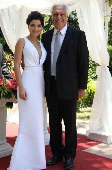 Aline e Dr. Cesar no casamento deles em Amor à Vida. Crédito: Globo / Divulgação