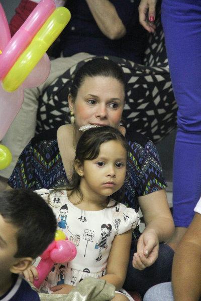 Mariana Parini e filha. Fotos: Natália Borges