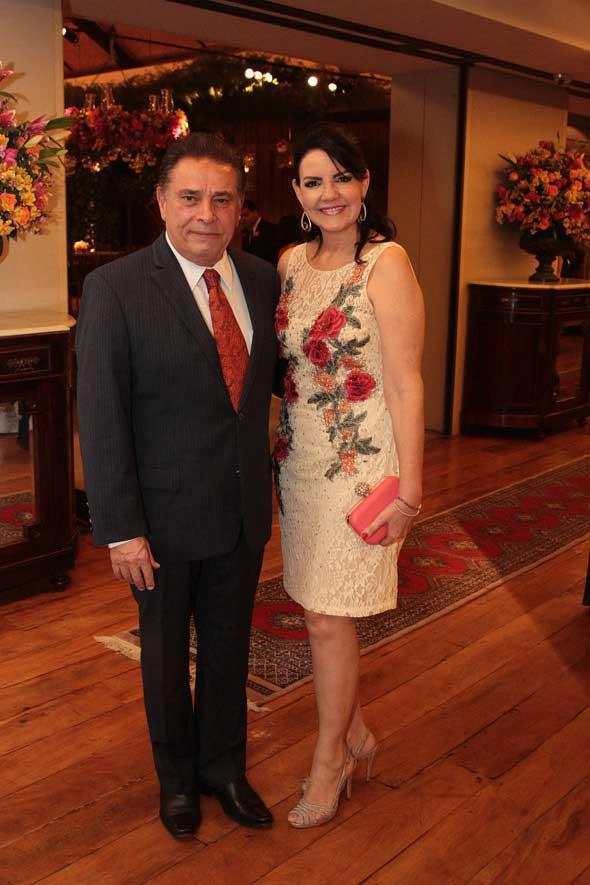 O governador João Lyra Neto e Leila Queiroz. Crédito: Nando Chiappetta/DP/D.A Press
