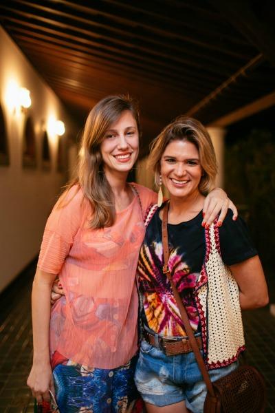 Ana Garcia e Juliana Santos. Crédito: Flora Pimentel