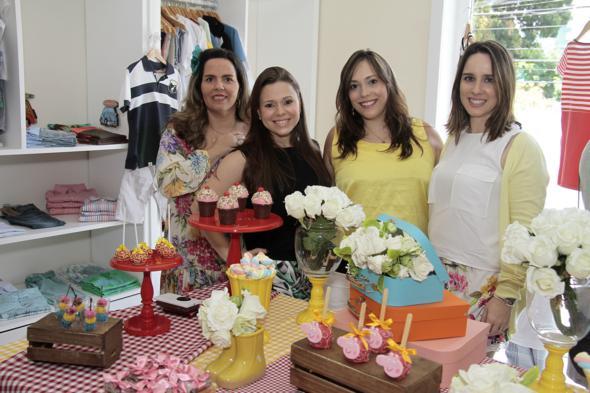 Silvana Alcoforado, Mariana Parini e Raquel Mussalém e Isabela Pontes. Crédito: Gleyson Ramos / Divulgação