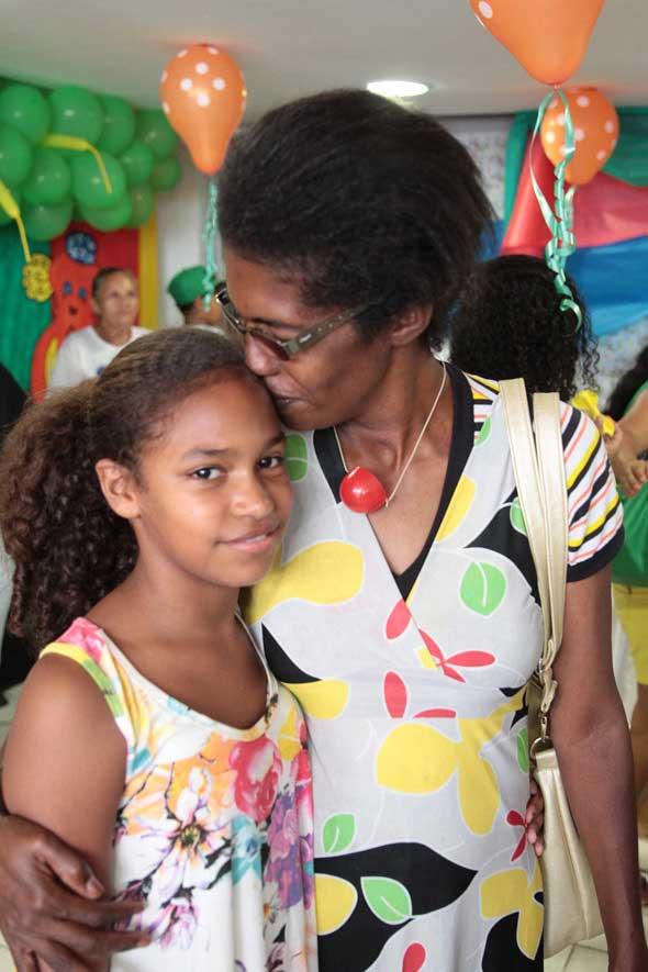 Mãe e filha mudaram a vida com o apoio da entidade. Crédito: Nando Chiappetta / DP / D.A Press