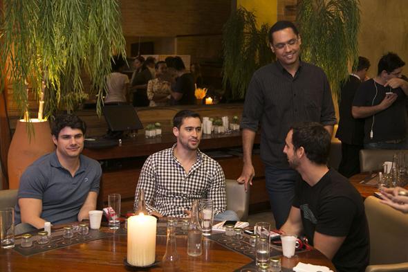 Bernardo Carrazzone liderou mesa na noite de degustação de vodka - Crédito: Charles Johnson/Divulgação