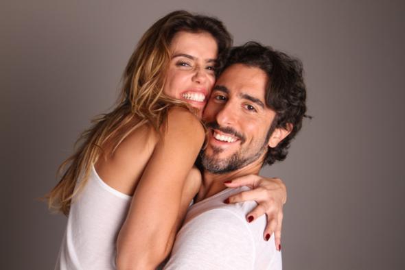 """Débora Secco e Marcos Mion estarão neste fim de semana no Recife, com a peça """"Mais uma vez amor"""". Crédito: Divulgação do espetáculo"""