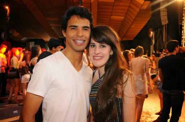 Nickolas Moraes e Priscila Maciel. Crédito: Gabriel Pontual/Moove Comunicação