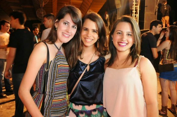 Priscila Maciel, Maria Eduarda Calado e Manuela Gondim. Crédito: Gabriel Pontual/Moove Comunicação
