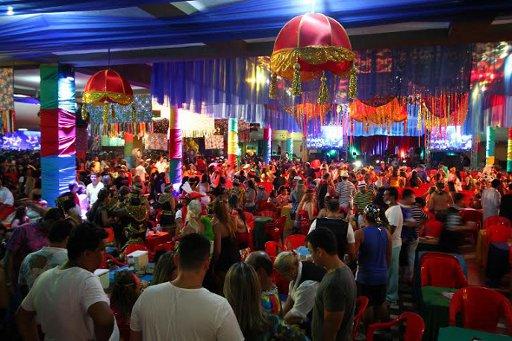 Festa teve decoração de Romildo Alves. Fotos: Paulo Paiva/DP/D.A Press