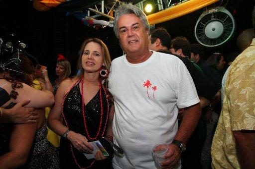 André e Virgínia Campos no camarote do Bal Masqué