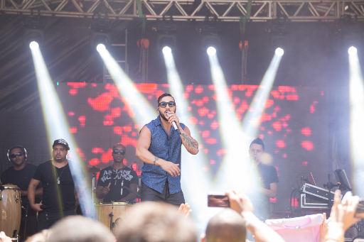 O cantor Belo lembrou velhos sucessos da sua carreira
