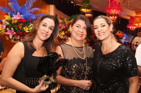 Patricia Gomes, Sandra Leal e Sandra Janguiê Crédito: Nando Chiappetta/DP/D.A Press