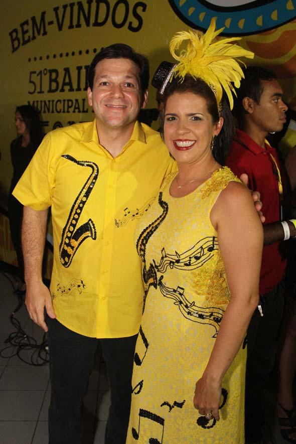 Os anfitriões da noite, Geraldo Julio e Cristina Mello - Crédito: Nando Chiappetta/DP/D.A Press