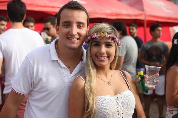 Caio Silva e Fernanda Nogueira. Crédito: Vinícius Ramos/Vagalume Comunicação