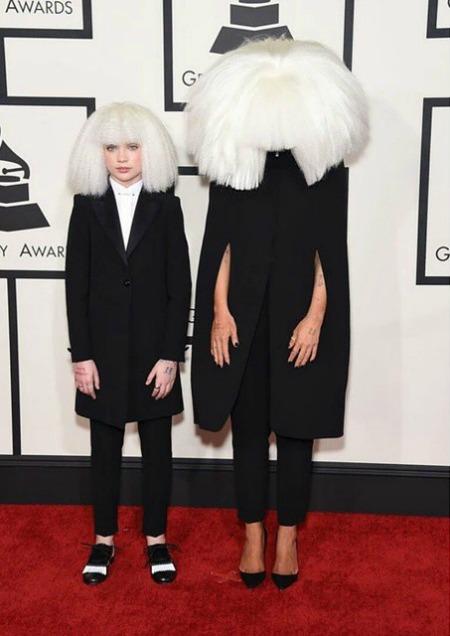 Sia e a dançarina Maddie Ziegler. Crédito: Reprodução Instagram