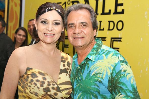 Simone e Carlos Santana - Crédito: Nando Chiappetta/DP/ D. A Press