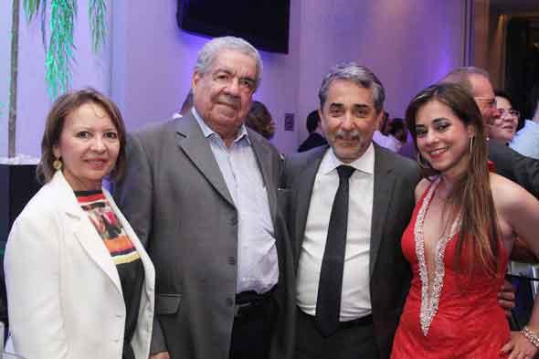 Neide Marques, Joezil Barros, Guilherme Machado e Mariana Machado - Crédito: Nando Chiappetta/DP/D.A Press