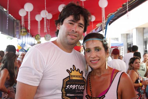 Rodrigo Klaus e Karina Siqueira. Credito: Ricardo Fernandes/DP/D.A Press