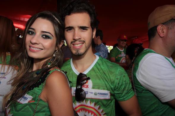 Rayanna Reinaldo e João Victor Vieira - Foto: Roberto Ramos/DP/D.A Press