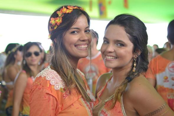 Julia Valente e Lorena Abreu. Crédito: Vinicius Ramos/Divulgação