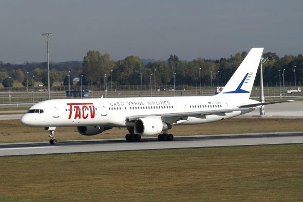 Avião da TACV/Divulgação