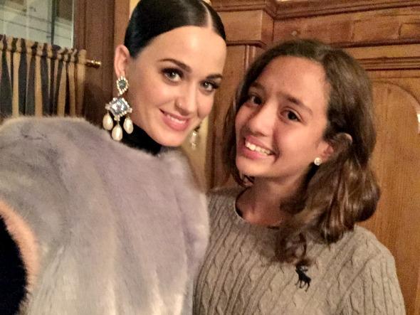Katy Perry e Maitê Ardanza -  Crédito: Paula Ardanza/Divulgação