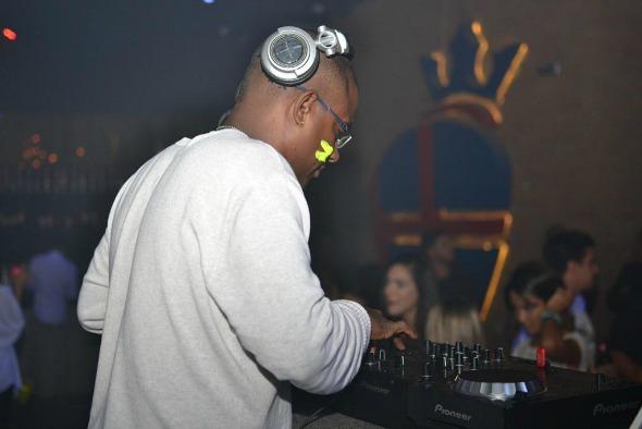 DJ Baloo. Crédito: Larissa Nunes/Vagalume Comunicação