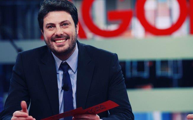 Danilo Gentili começa a se explicar para a justiça nesta quarta-feira. Créditos: Reprodução Facebook oficial do apresentador.