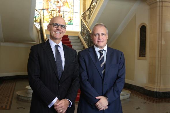 Raffaele Trombetta e Angelo Maria Biccire ( consul da italia no Recife) - Crédito: Nando Chiappetta/DP/D.A Press