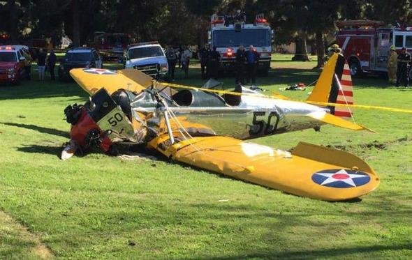Avião após o acidente. Crédito: TMZ/Reprodução/Twitter