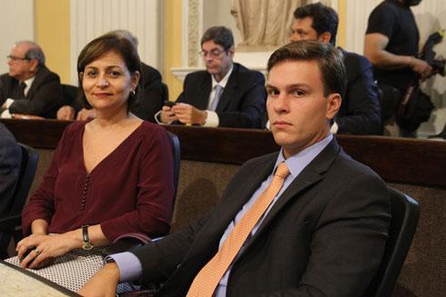 Simone Santana e Miguel Coelho - Crédito: Nando Chiappetta/DP/D.A Press