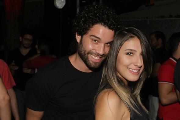 Thiago Megale e Tayná Henrique. Crédito: Vinicius Ramos/Vagalume Comunicação