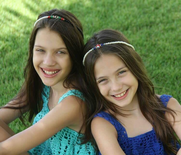 Ana Alice e Ana Tereza Rio, as estrelas do blog infantil As Bacanas. Créditos: Divulgação